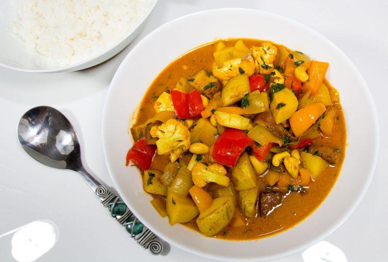 Massaman Curry (Vegan)